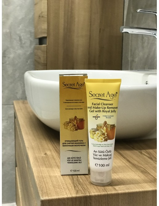 SECRET AGE™ FACIAL CLEANSING GEL WITH ROYAL JELLY (100ml)