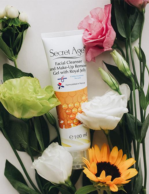 Secret Age™ Arı Sütü Özlü Yüz ve Makyaj Temizleme Jeli (100ml)